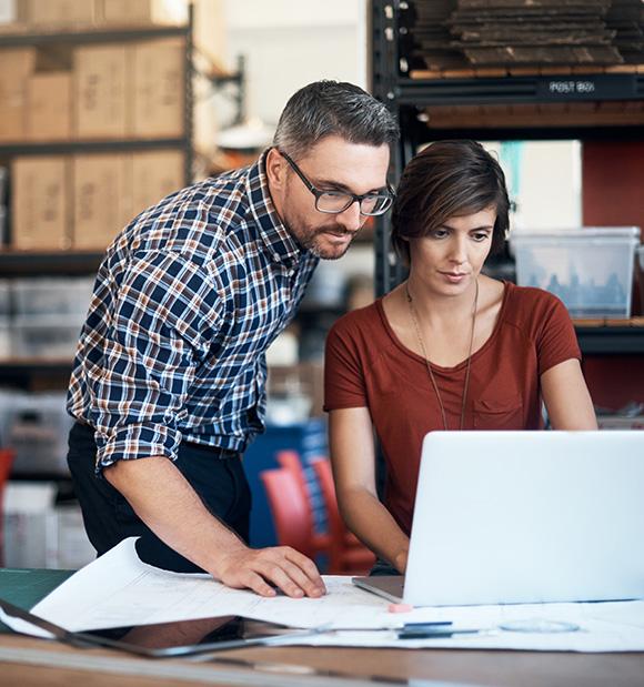 Bedrijfssoftware groothandel op laptop